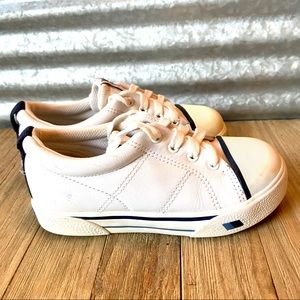 Keds Big Girls Vinyl Athletic Shoes, Size 9.5